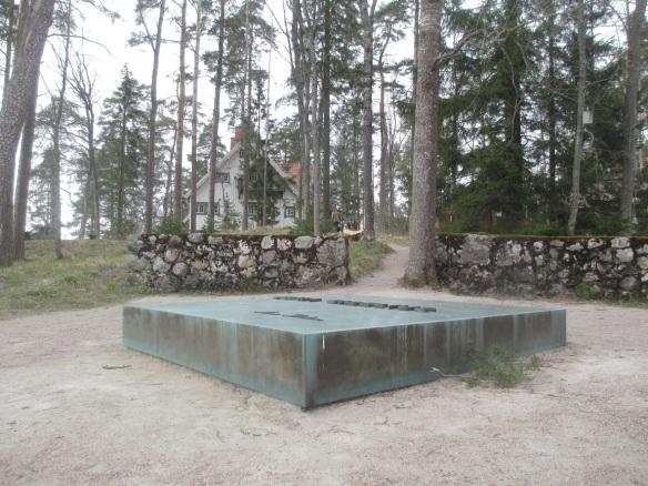 sibelius-grave-house
