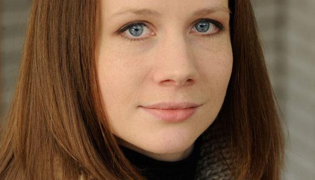 Joanna Lee Net Worth